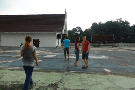 Lost on a rooftop, Kualar Lumpar